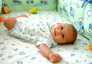 о выборе постельного белья для новорожденного